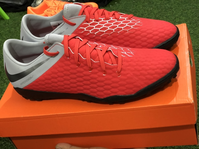 wholesale dealer 2e170 246b4 Nike Hypervenom PhantomX III Academy TF- Red/ Metallic Cool ...